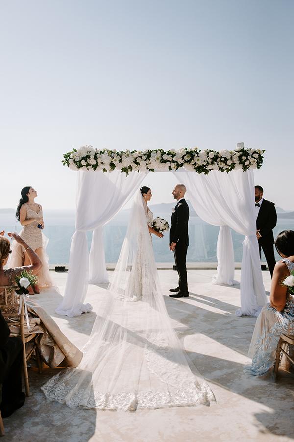 intimate-wedding-santorini-romantic-blooms-fairy-lights_22