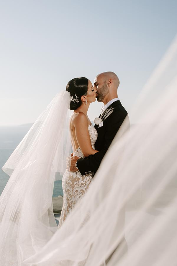 intimate-wedding-santorini-romantic-blooms-fairy-lights_27