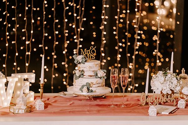 intimate-wedding-santorini-romantic-blooms-fairy-lights_32x