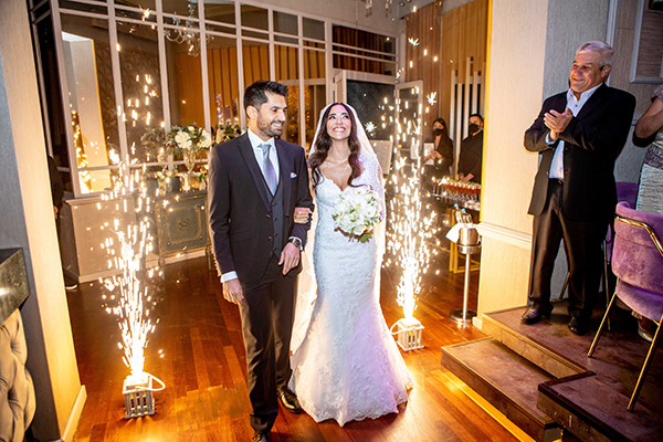 romantic-fairytale-wedding-rhodes-white-light-pink-tones_14