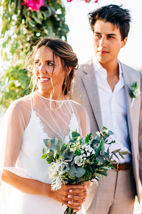 summer-destination-wedding-antiparos-fuchsia-boungainvilea_21