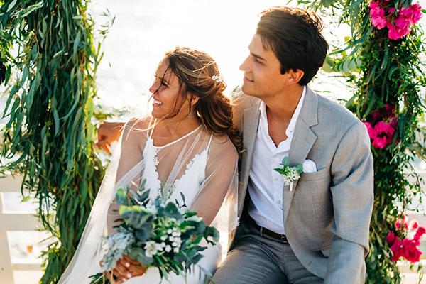 summer-destination-wedding-antiparos-fuchsia-boungainvilea_26