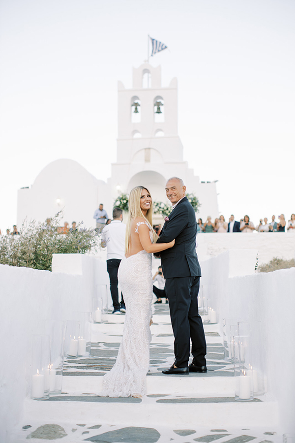 luxurious-summer-wedding-sifnos-romantic-blossoms-white-hues_23