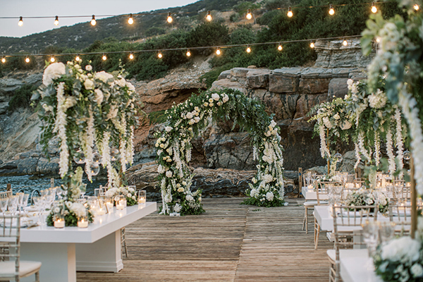 luxurious-summer-wedding-sifnos-romantic-blossoms-white-hues_41