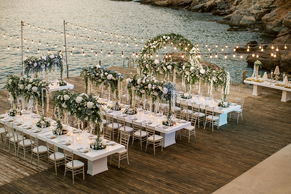 luxurious-summer-wedding-sifnos-romantic-blossoms-white-hues_41w