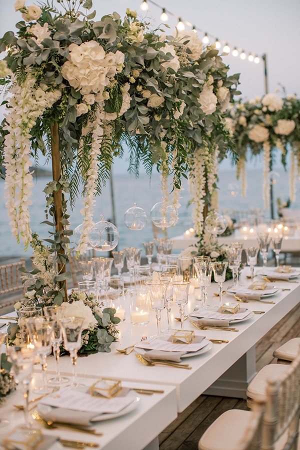 luxurious-summer-wedding-sifnos-romantic-blossoms-white-hues_42