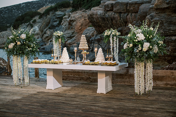 luxurious-summer-wedding-sifnos-romantic-blossoms-white-hues_44