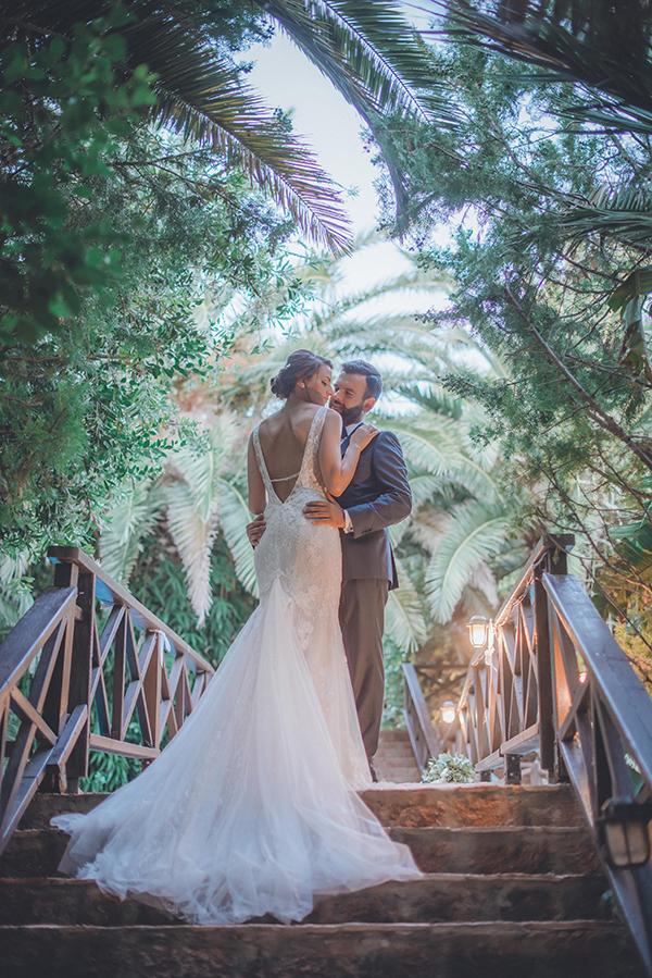 romantic-summer-wedding-athens-peonies-gerberas_01