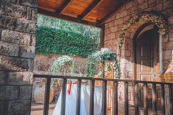 romantic-summer-wedding-athens-peonies-gerberas_12