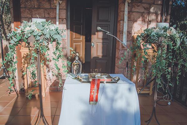 romantic-summer-wedding-athens-peonies-gerberas_14
