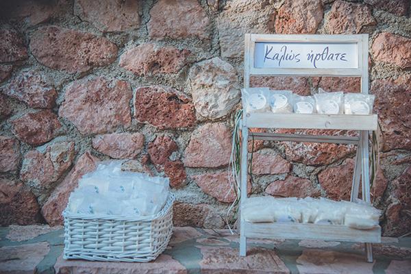 romantic-summer-wedding-athens-peonies-gerberas_15