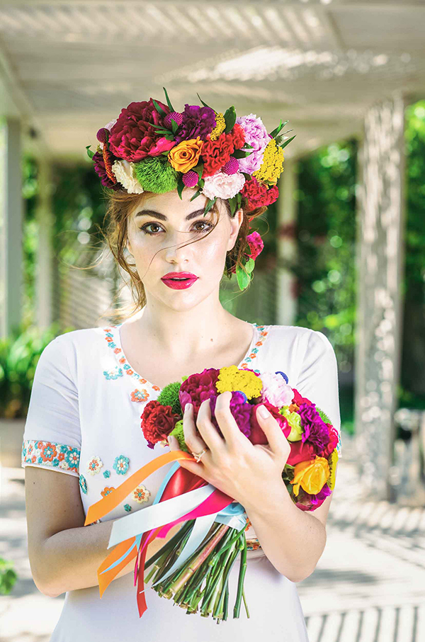 colorful-styled-shoot-with-modern-flair_04