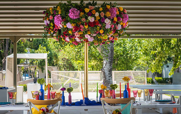 colorful-styled-shoot-with-modern-flair_05x