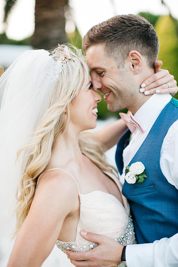 destination-wedding-crete-stunningly-beautiful-florals_02