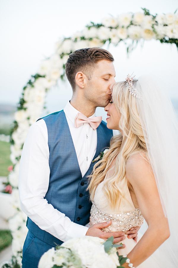 destination-wedding-crete-stunningly-beautiful-florals_24