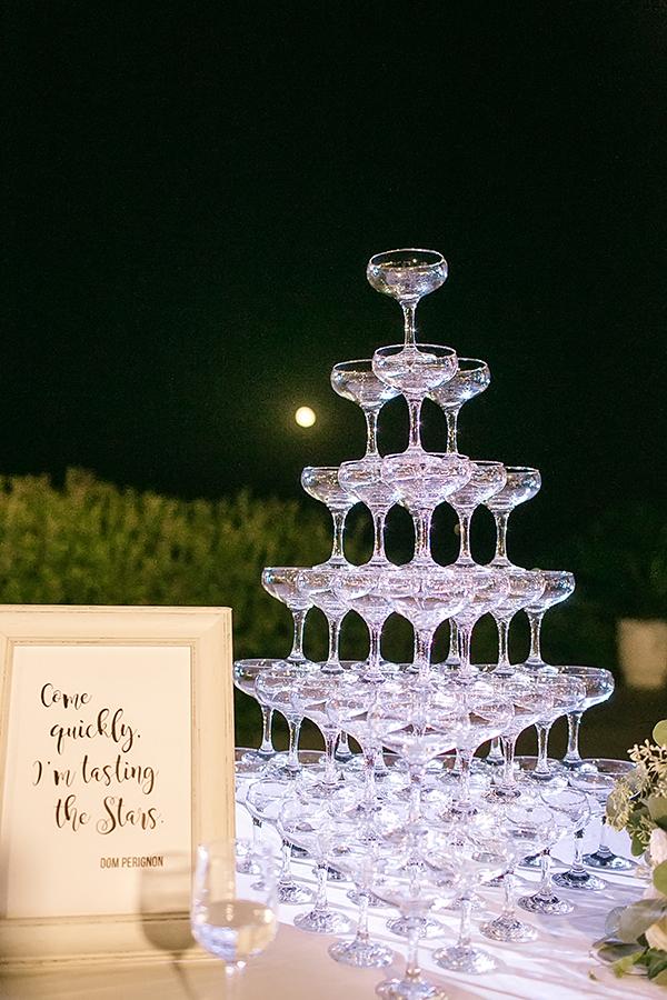 destination-wedding-crete-stunningly-beautiful-florals_28