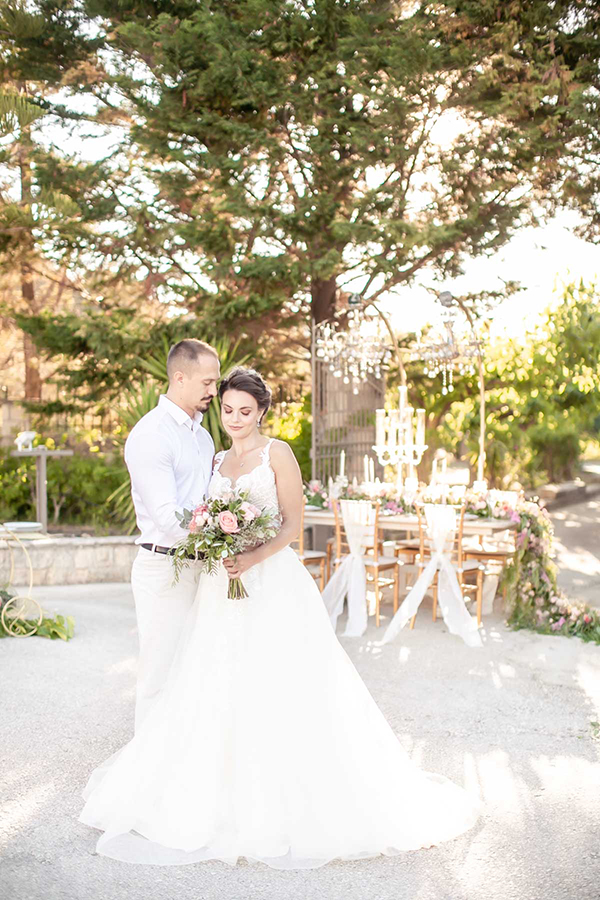 dreamy-wedding-inspiration-kefalonia-island-elegant-chic-details_03