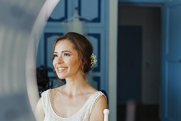 romantic-summer-wedding-athens-lovely-flowers_03z