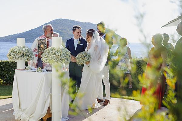 romantic-summer-wedding-athens-lovely-flowers_16