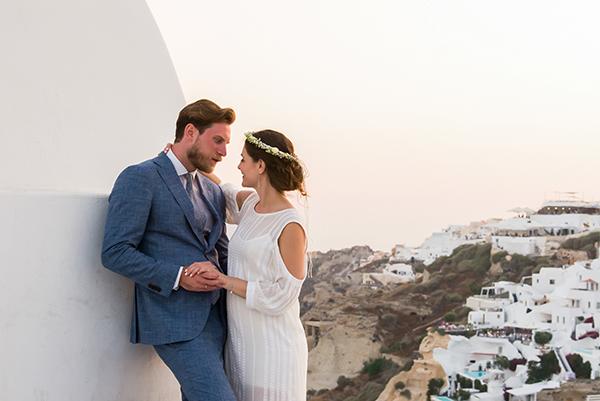 summer-romantic-wedding-santorini-white-peonies-roses_23