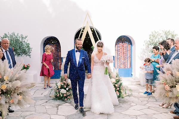 boho-glam-wedding-athens-pampas-grass-elegant-details_18