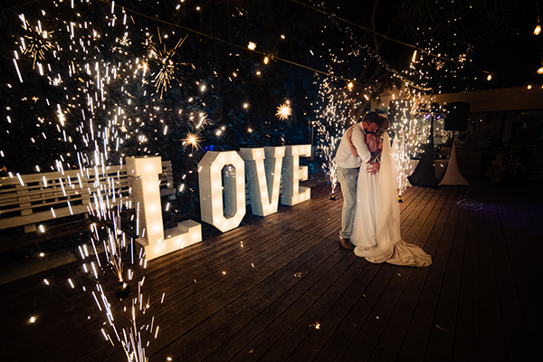 destination-wedding-sirens-beach-cyprus_25x