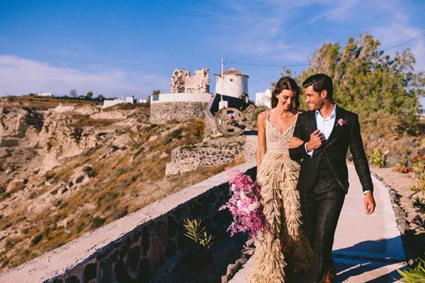 elegant-wedding-inspiration-soft-hot-pinks-santorini_04x