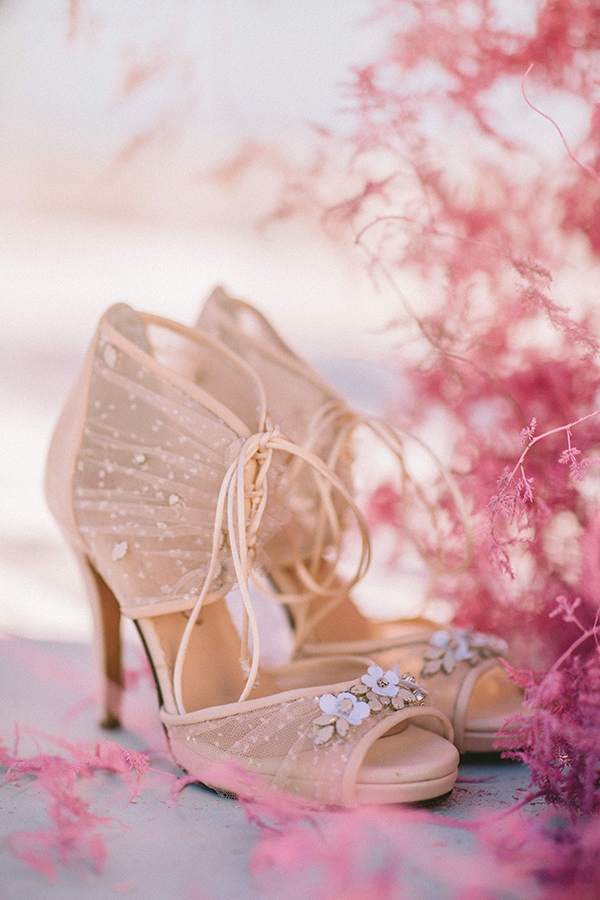 elegant-wedding-inspiration-soft-hot-pinks-santorini_06x