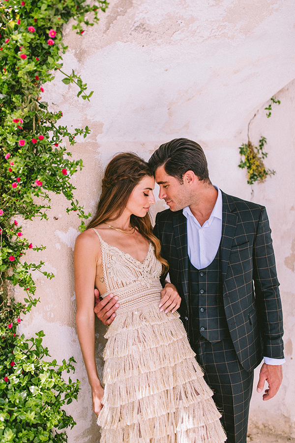 elegant-wedding-inspiration-soft-hot-pinks-santorini_20