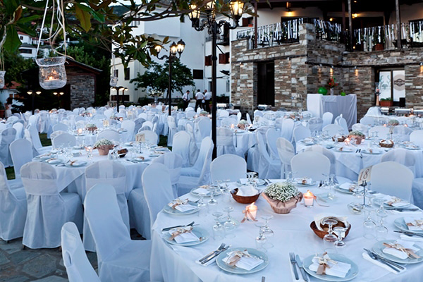 enjoy-unforgettable-wedding-honeymoon-moments-portaria-hotel_01x