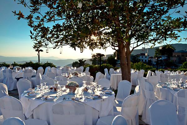 enjoy-unforgettable-wedding-honeymoon-moments-portaria-hotel_09x