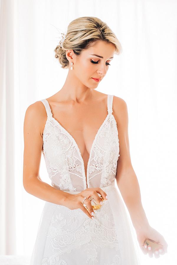 gorgeous-summer-wedding-athens-white-blooms-lush-greenery_10