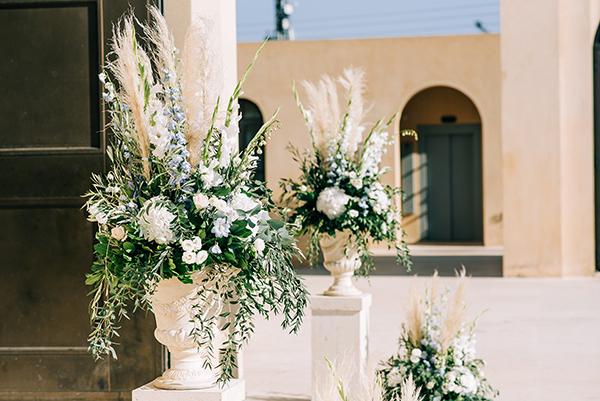 gorgeous-summer-wedding-athens-white-blooms-lush-greenery_15