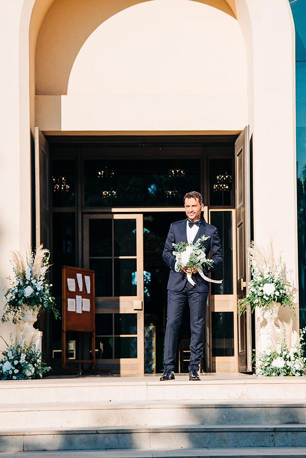 gorgeous-summer-wedding-athens-white-blooms-lush-greenery_18