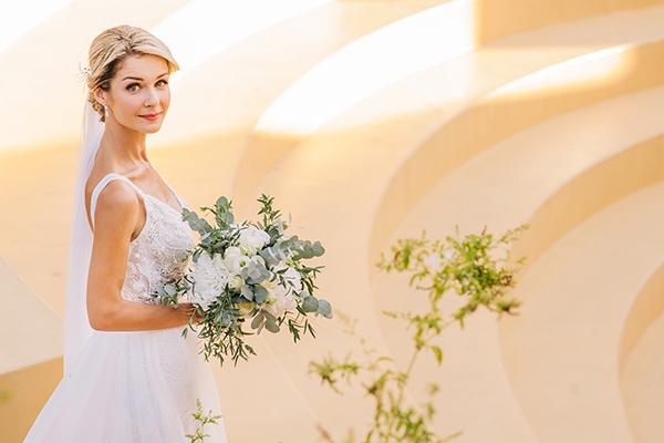 gorgeous-summer-wedding-athens-white-blooms-lush-greenery_28