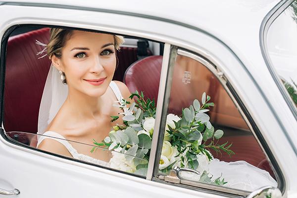 gorgeous-summer-wedding-athens-white-blooms-lush-greenery_31