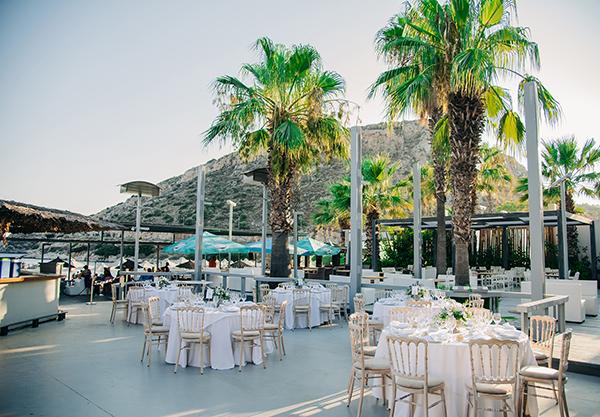 gorgeous-summer-wedding-athens-white-blooms-lush-greenery_34