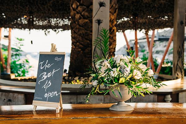 gorgeous-summer-wedding-athens-white-blooms-lush-greenery_35
